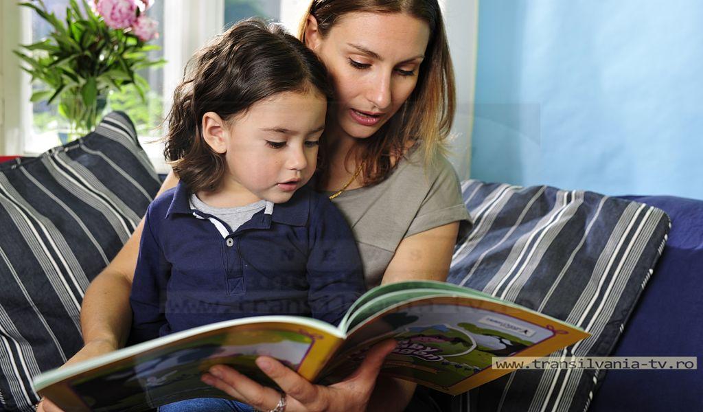 Investițiile în sistemul de educație, afacerea viitorului pentru tinerii părinți din România