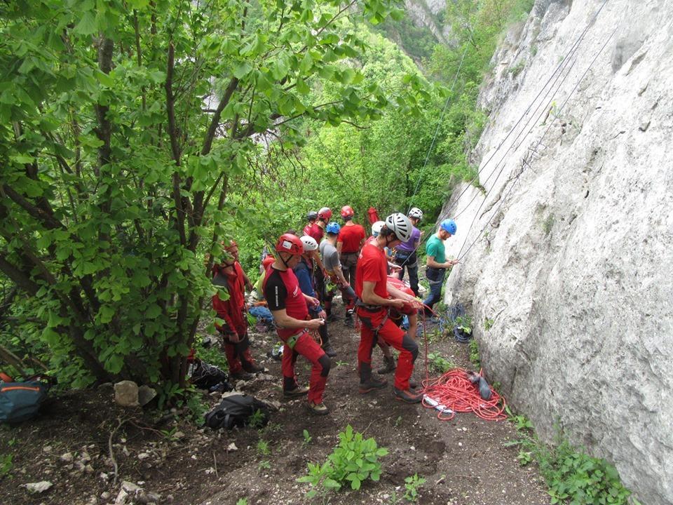 Exercițiu de pregătire al Salvamont Cluj în Cheile Turzii