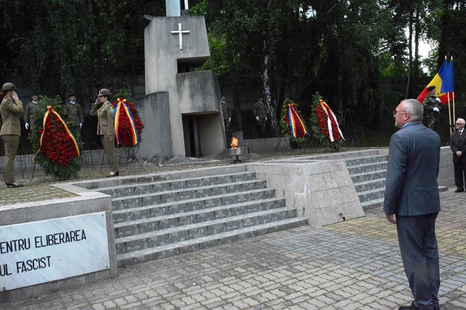 Ziua Eroilor, marcată în Cimitirul Eroilor din Cluj-Napoca